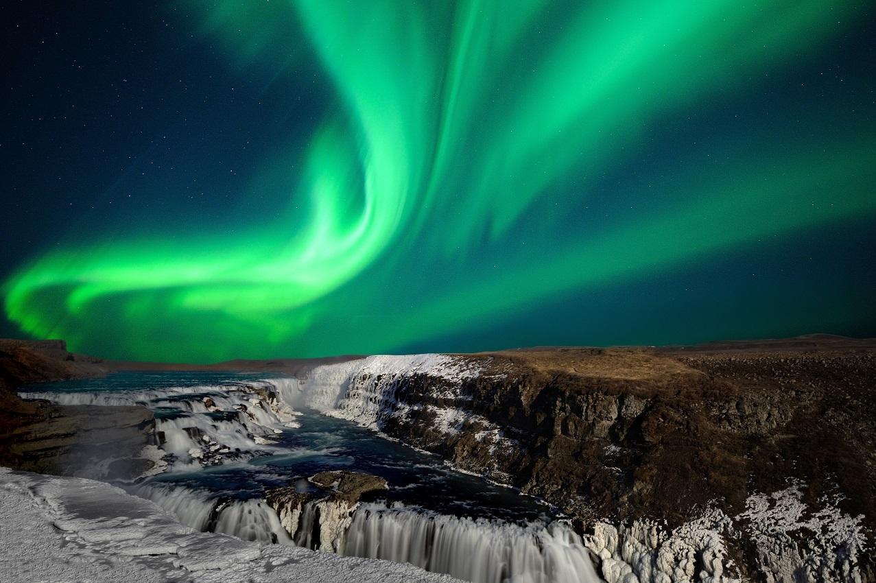 Aurora Gullfoss credit THORIR Iceland IPT22 2