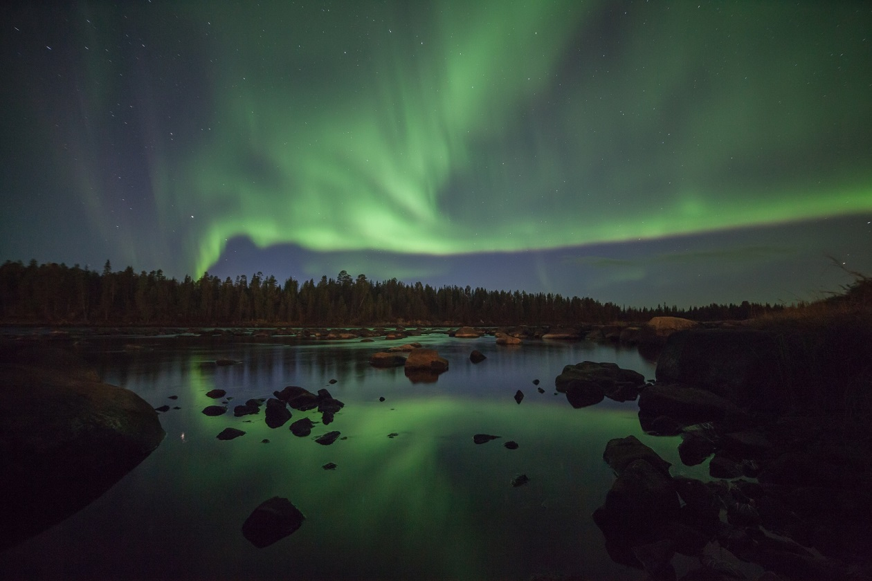 Autumn Northern Lights A Pietikainen 2014 2