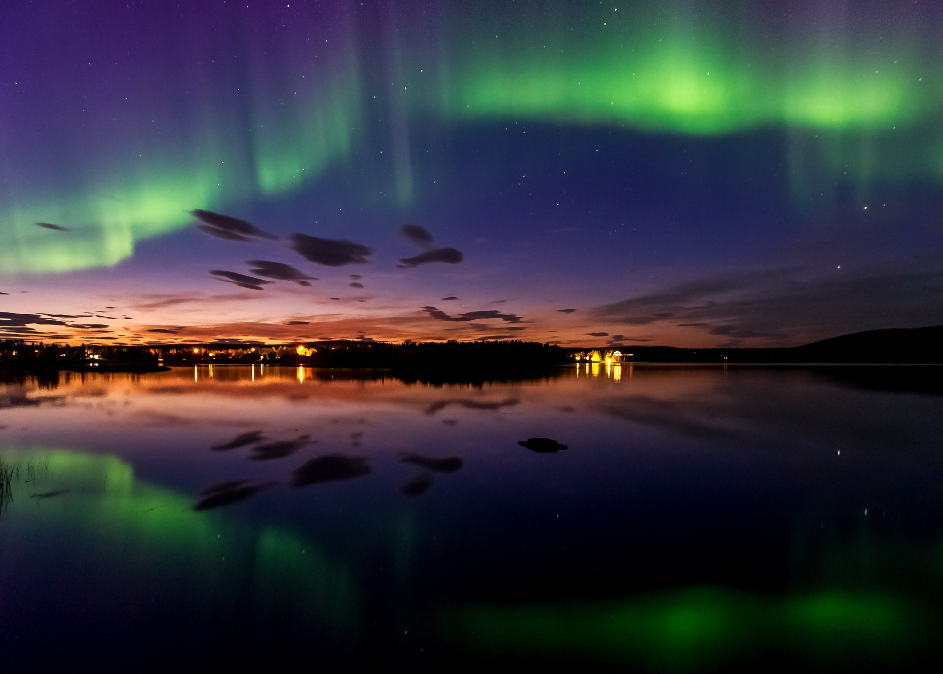 Autumn Northern Lights in Lapland Credit Markus Kiili and Visit Finland 2