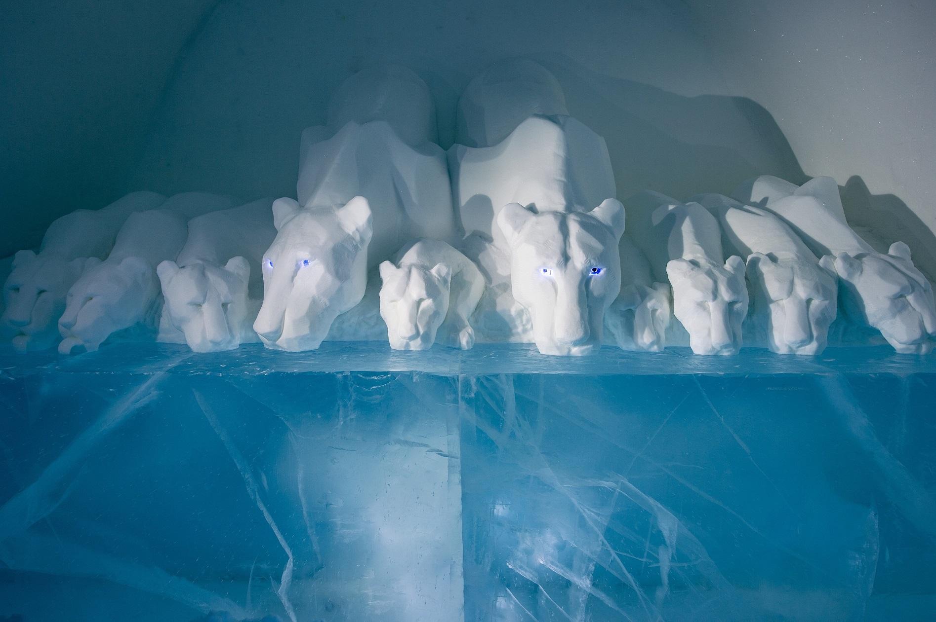CLEAR WATER Credit Anna Sofia Maag Niklas Byman Asaf Kliger Icehotel